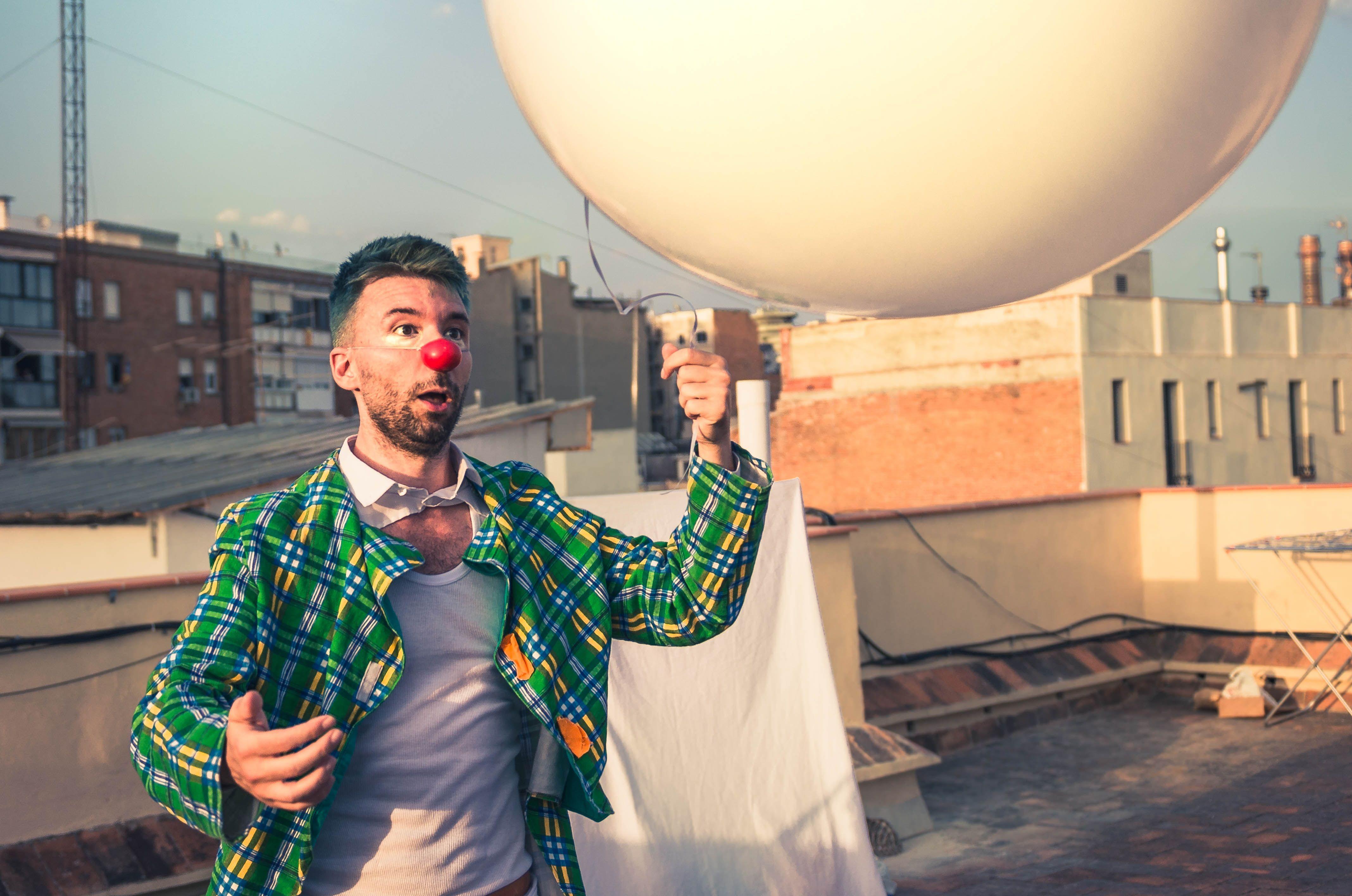 BOSCONERO - Un clown sognatore coi piedi per terra: Riccardo Forneris vince il CirkAround 2021 - FOTO