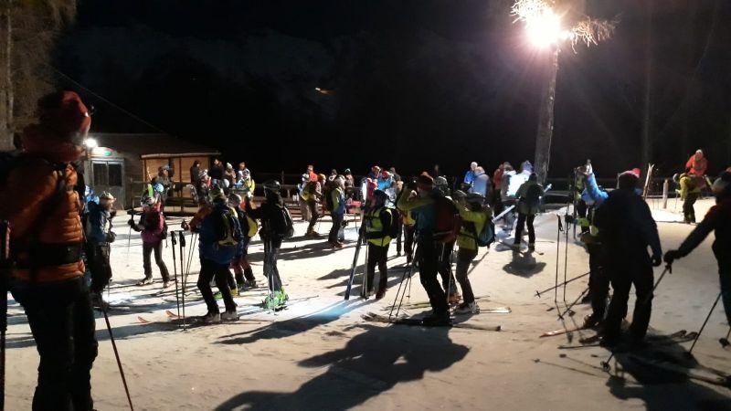 LOCANA - All'Alpe Cialma torna lo sci notturno: impianti aperti il giovedi sera