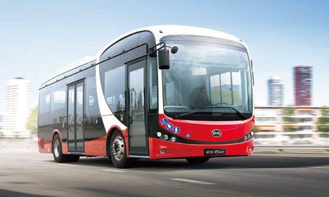 IVREA - «Solo autobus elettrici nella città patrimonio dell'Unesco»