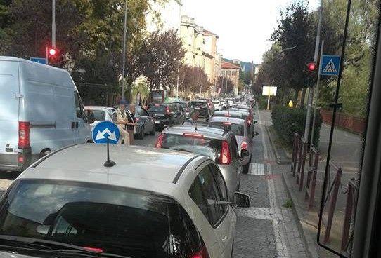 IVREA - La rotonda costata 700 mila euro sarà smantellata?
