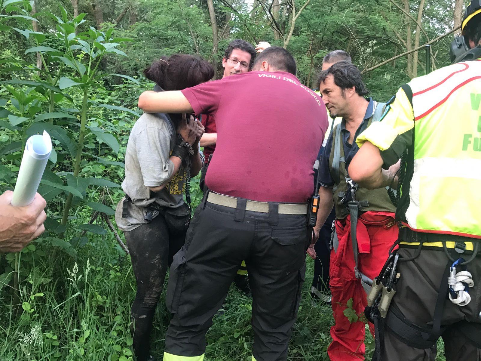 FELETTO-LUSIGLIE' - Rave party: trovata viva la ragazza dispersa nei boschi - FOTO