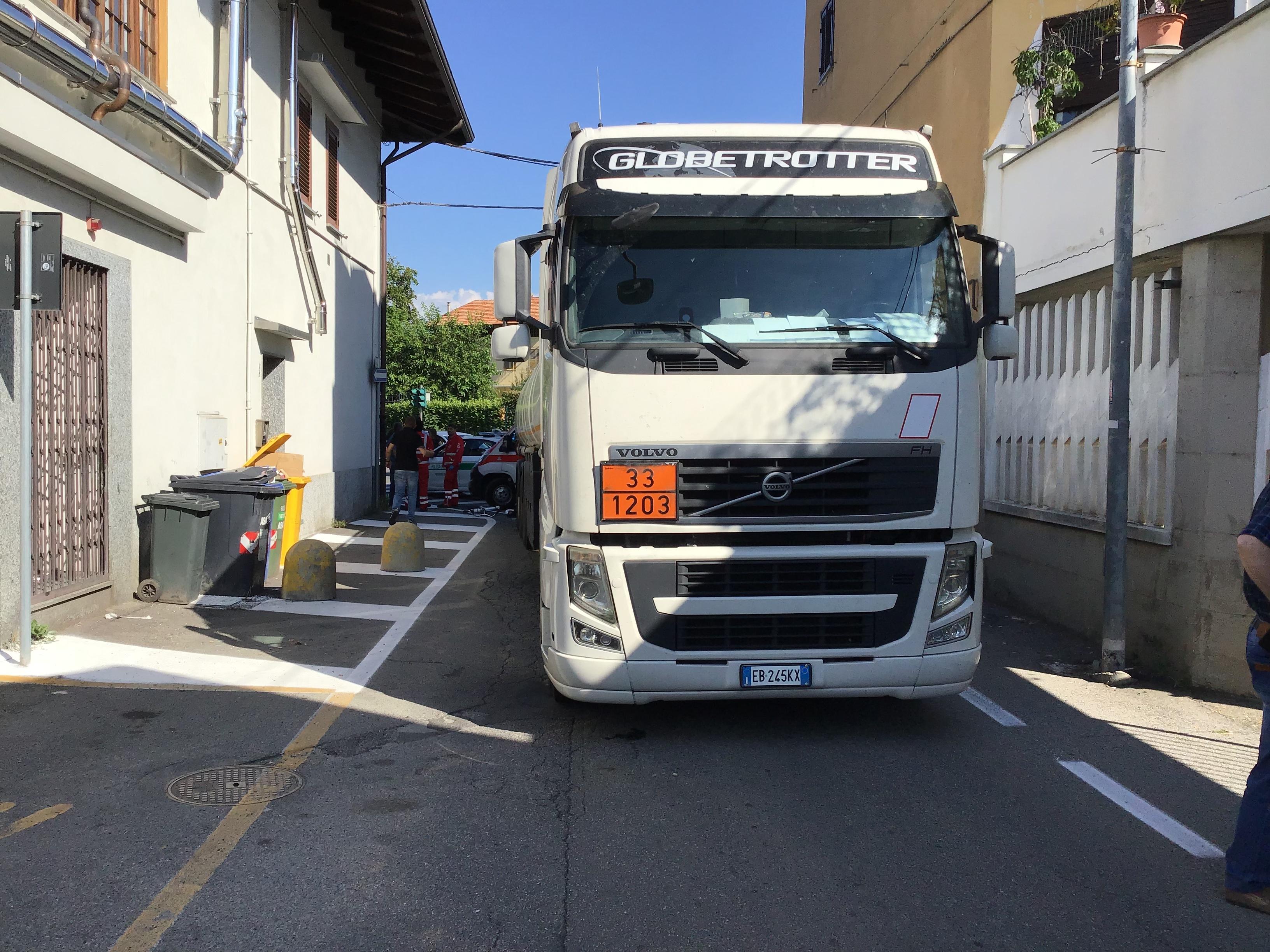 RIVAROLO CANAVESE - Incidente mortale: indagato per omicidio stradale l'autista del camion cisterna