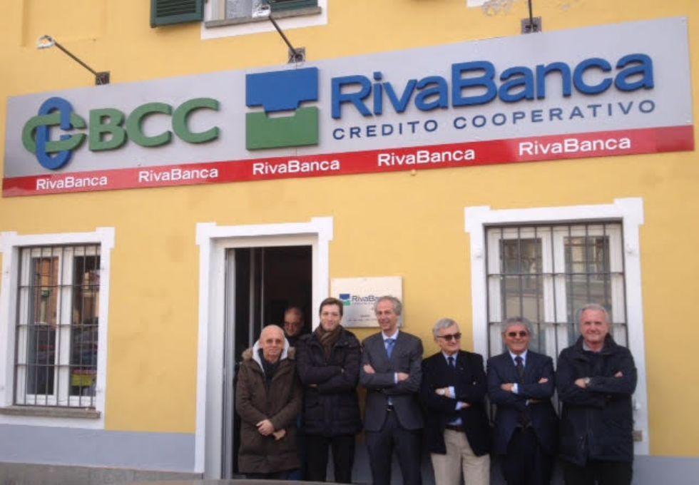 RIVARA - Taglio del nastro per la nuova sede di Rivabanca