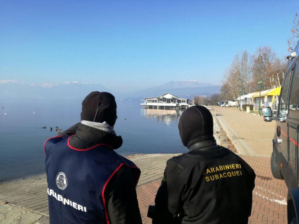 LAGO DI VIVERONE - Palafitte sommerse nel lago: sopralluogo dei carabinieri del nucleo tutela patrimonio - FOTO