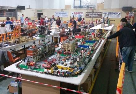 SAN GIORGIO - Il Canavese invaso dai mattoncini Lego - FOTO