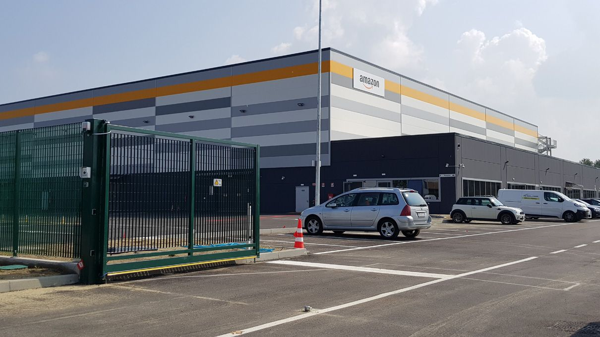 LAVORO - A Brandizzo ha aperto il nuovo centro di Amazon - VIDEO