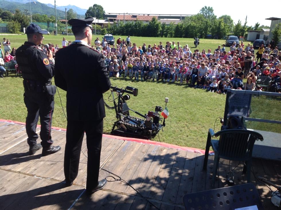 VALPERGA - Studenti «allievi» carabinieri per un giorno - VIDEO