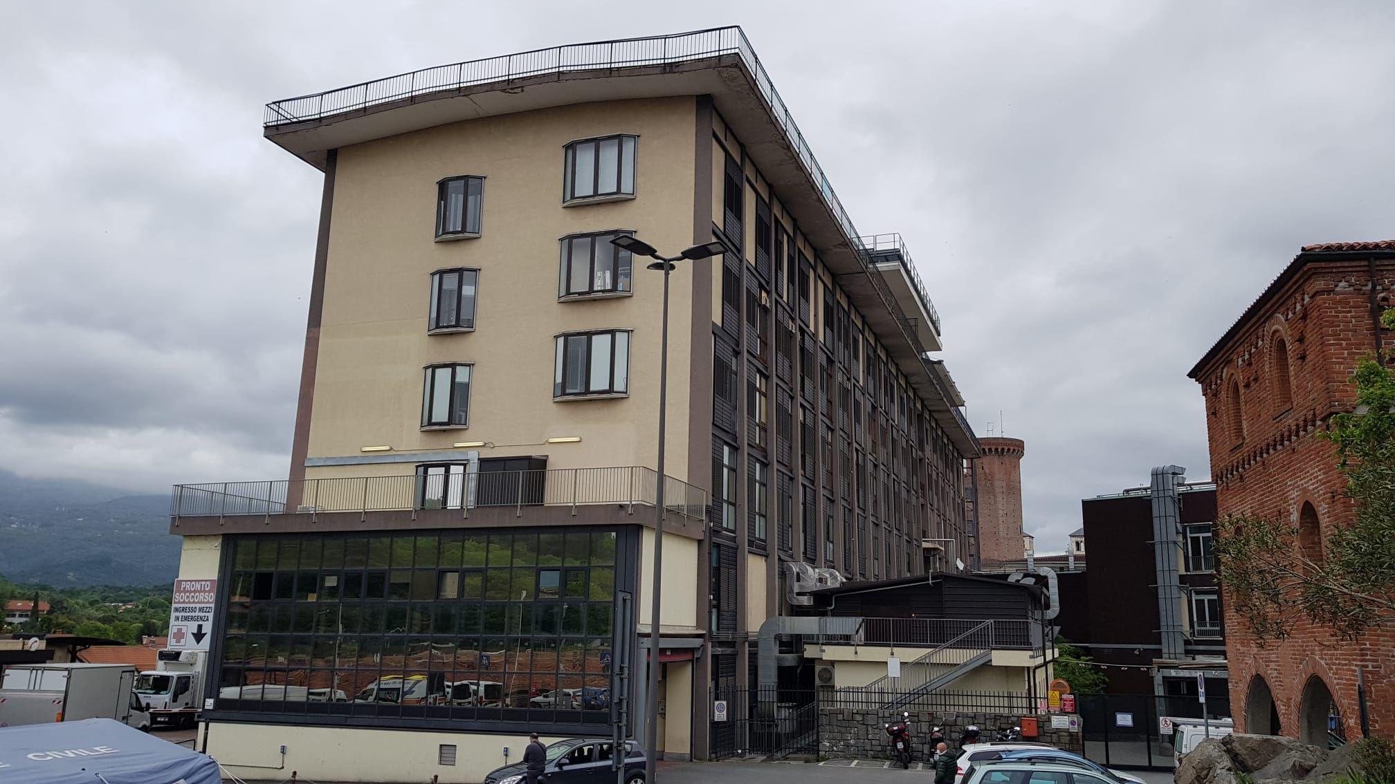 IVREA - Ospedale resta senza ossigeno: la procura invia i tecnici dello Spresal per le indagini del caso