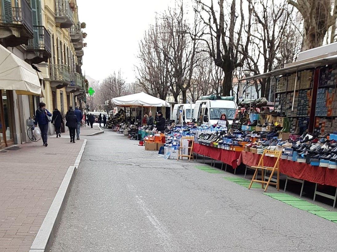 RIVAROLO CANAVESE - Il mercato del sabato trasloca in corso Rocco Meaglia