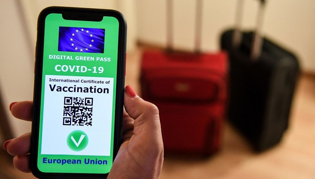 COVID - Arriva il Green Pass: ecco come fare per ottenerlo in tempi rapidi e in automatico sul proprio telefono cellulare