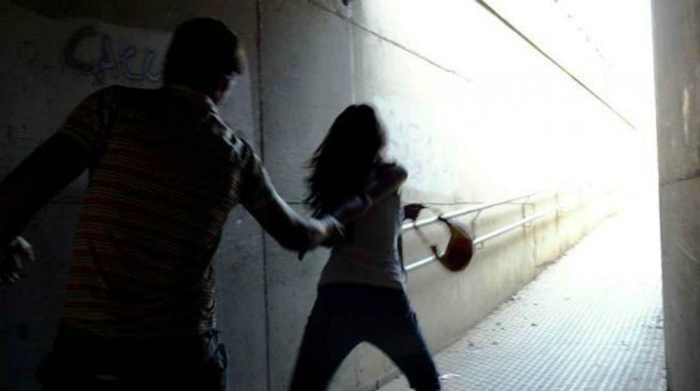 CANAVESE - La figlia vuole vivere all'occidentale: il padre la perseguita e finisce a processo