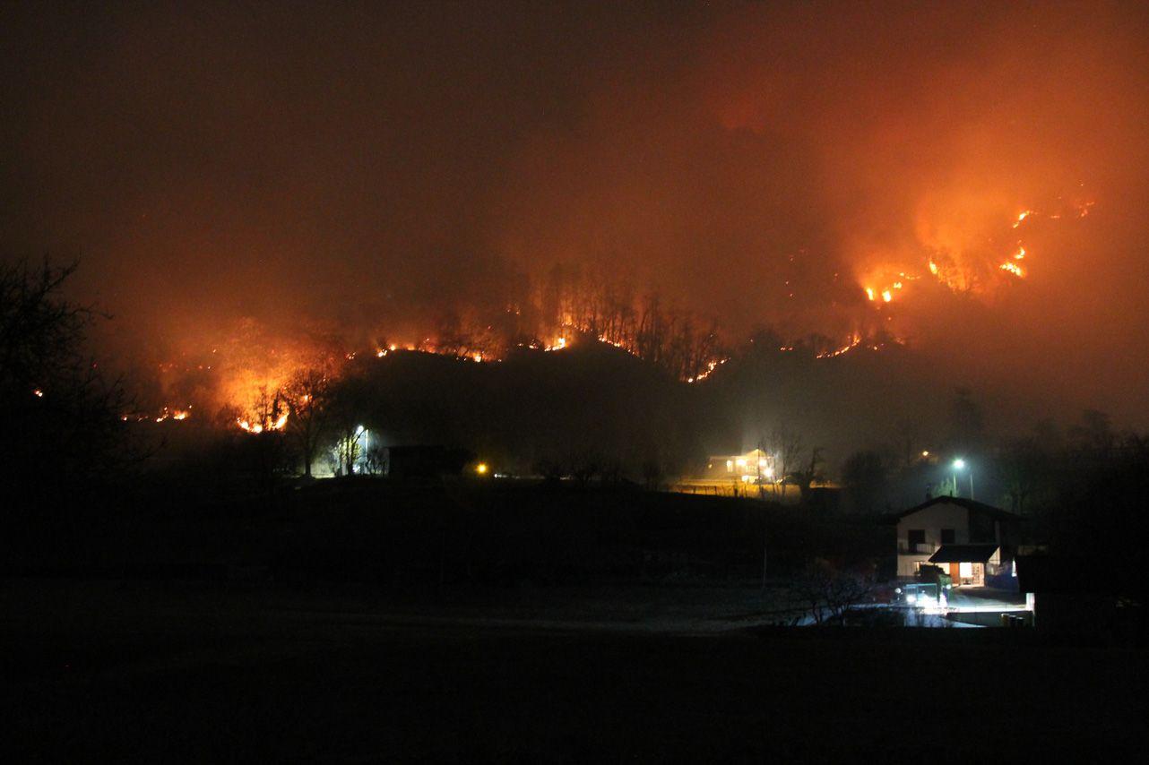 CANAVESE - Incendi in Valle Orco e Valchiusella: la Regione approva il piano per ripristinare i boschi