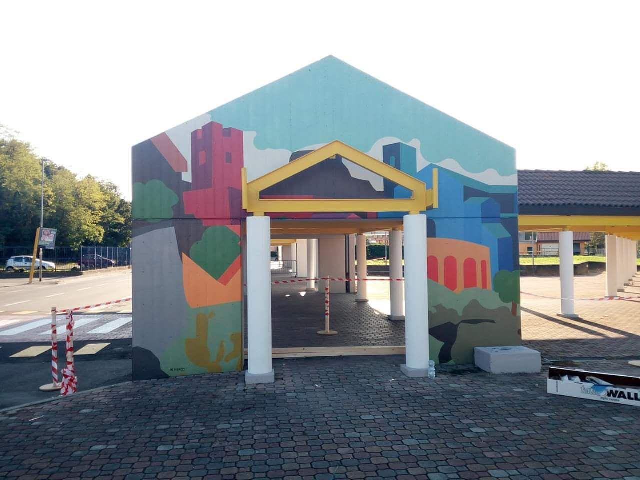 IVREA - Il terminal bus abbandonato diventa un luogo d'arte