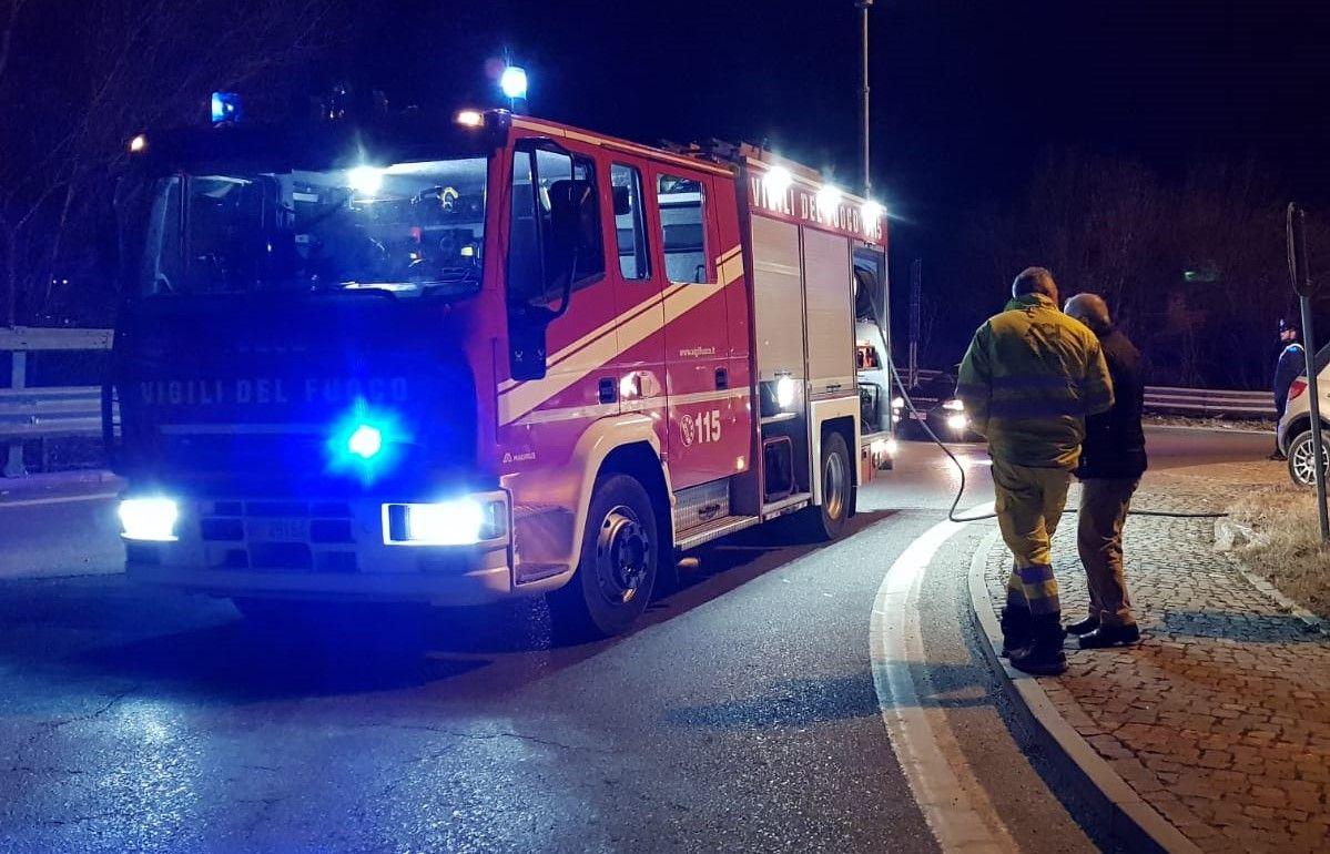 CIRIE' - Bruciata l'auto del reporter freelance Francesco Vivenza