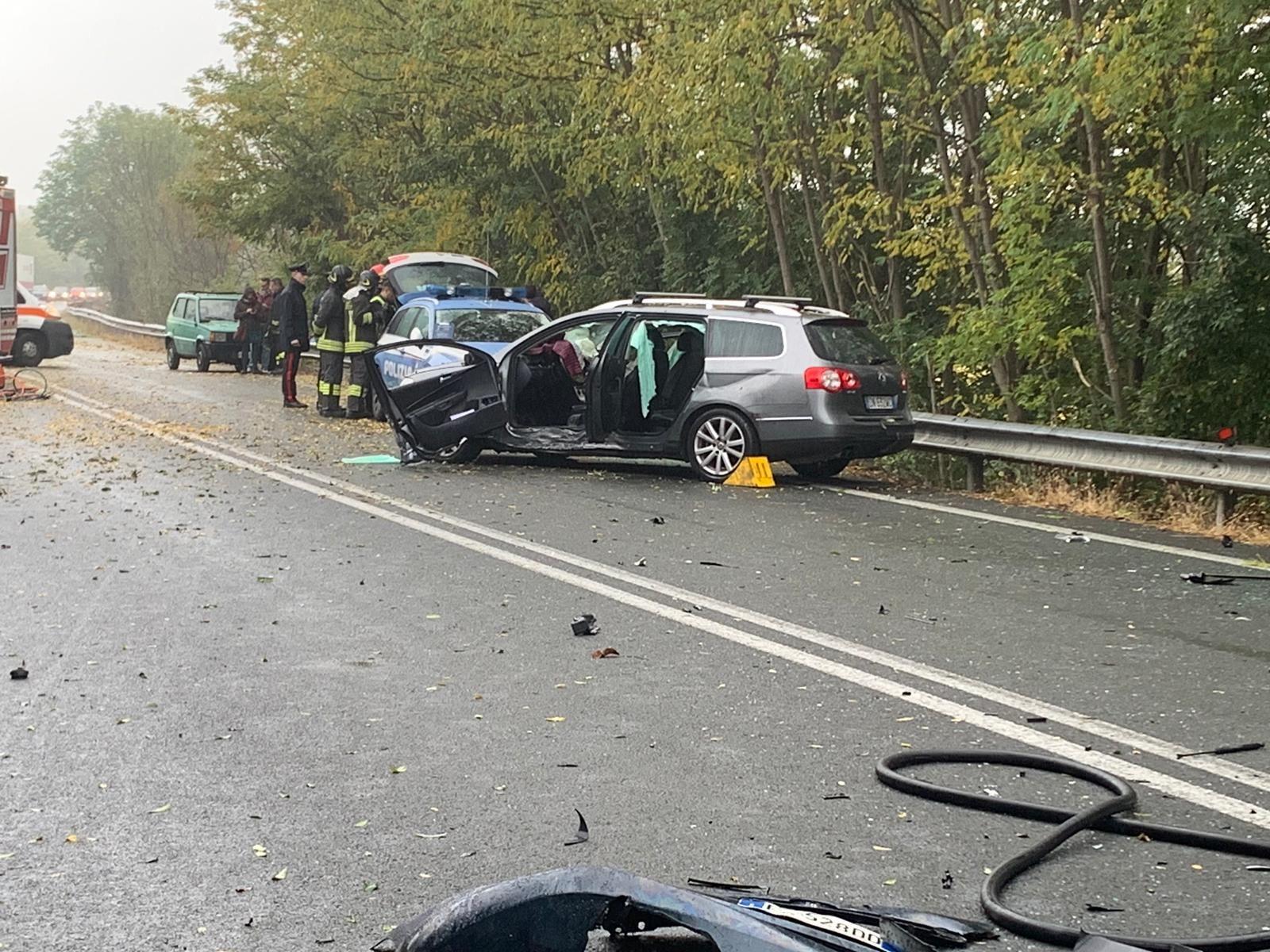 LEINI - 460 pericolosa: «Basta incidenti mortali su quella strada»