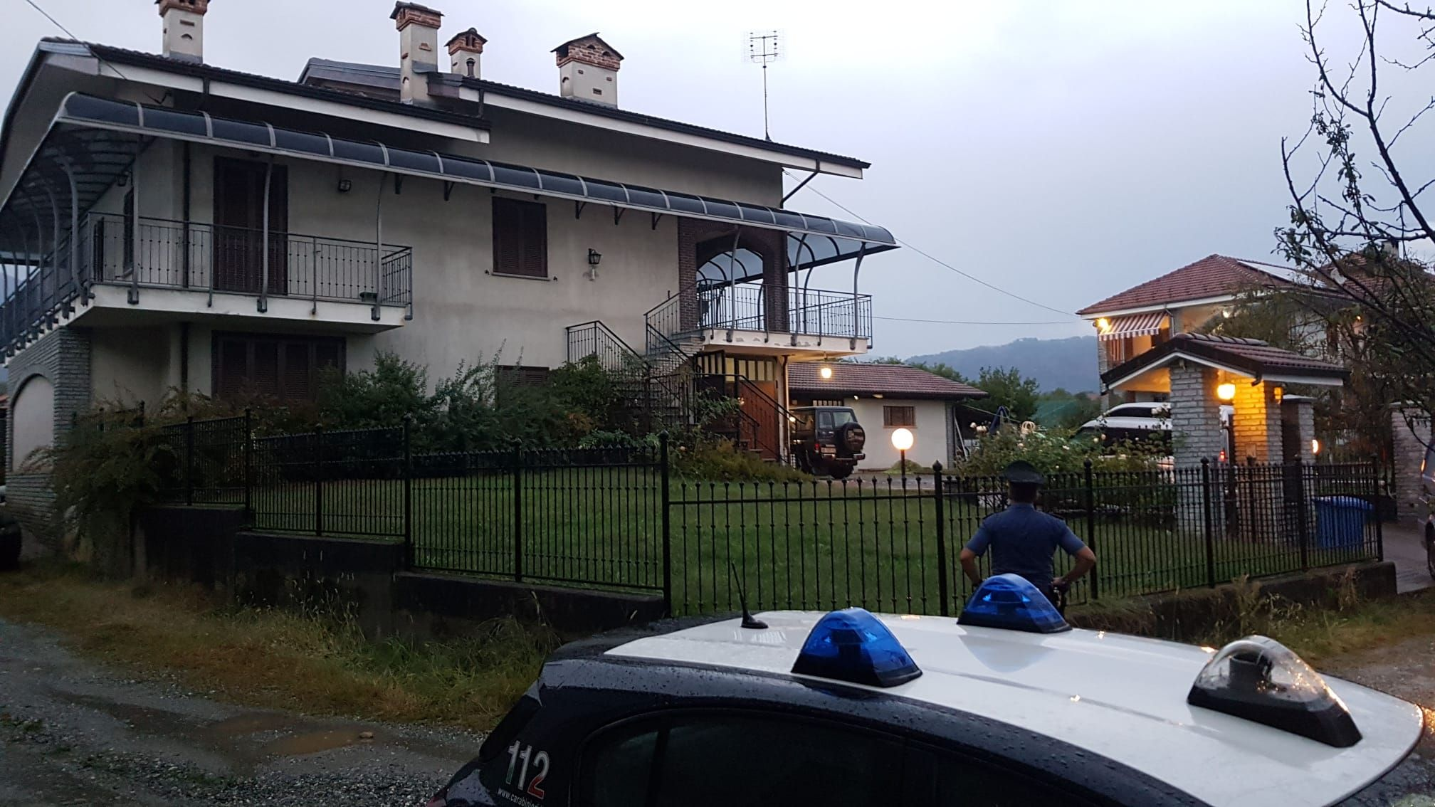 RIVARA - Omicidio suicidio, la pistola del delitto sarà analizzata dal Ris di Parma