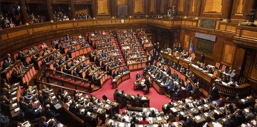 ELEZIONI CANAVESE - Referendum parlamentari: anche nel nostro territorio netta vittoria del Si