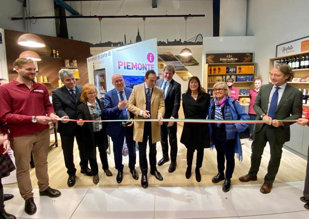 CASELLE - L'aeroporto sostiene il settore turistico del Piemonte