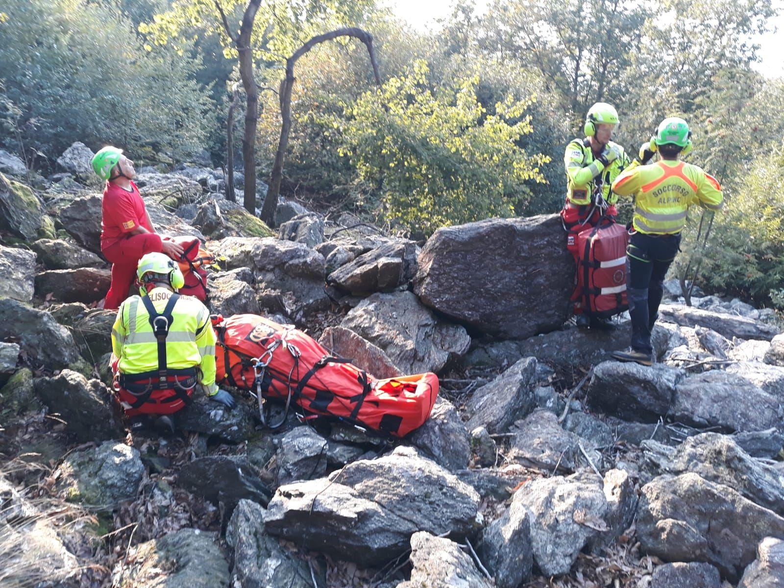 ALPETTE-PRATIGLIONE - Due cercatori di funghi feriti tra i boschi: salvati dal soccorso alpino - FOTO