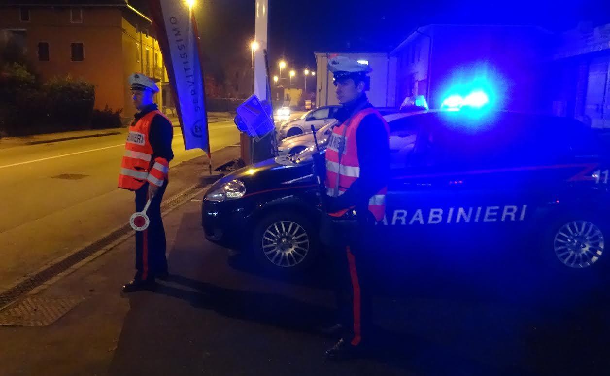 CHIVASSO - Finti poliziotti con il lampeggiante blu sull'auto rapinano l'incasso della festa patronale