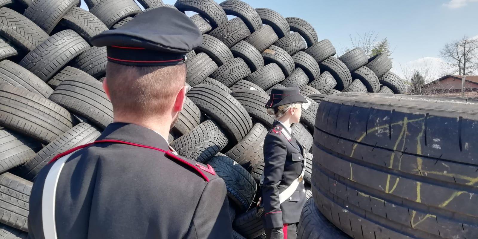 BORGARO - 20mila pneumatici stoccati senza autorizzazione: un imprenditore denunciato dai carabinieri - FOTO e VIDEO