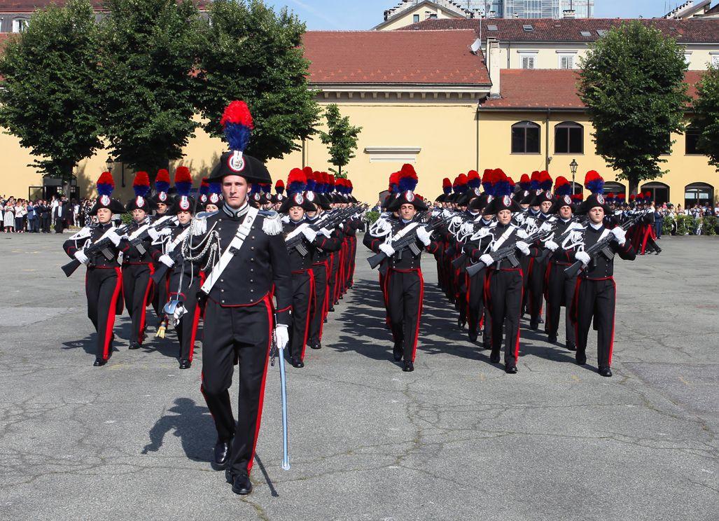 TORINO - 370 carabinieri al giuramento e conferimento degli Alamari - FOTO