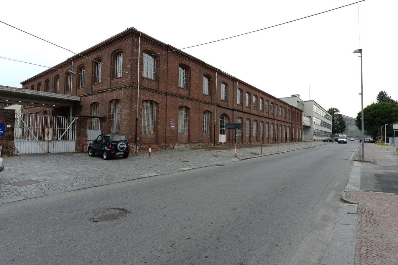 IVREA - Il New York Times boccia la città: «Troppa nostalgia di Olivetti, l'effetto Unesco ancora non si vede»