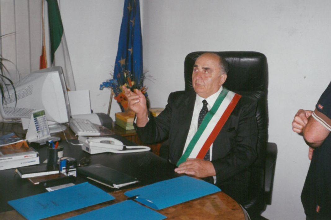COSSANO - Paese in lutto per l'addio all'ex sindaco Pietro Avetta