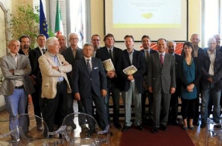 ECONOMIA - Nasce il «Cluster Legno»: il Canavese c'è