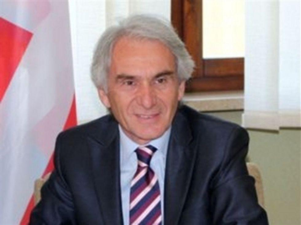 BOLLENGO - Il sindaco Luigi Sergio Ricca lascia la presidenza Anpci