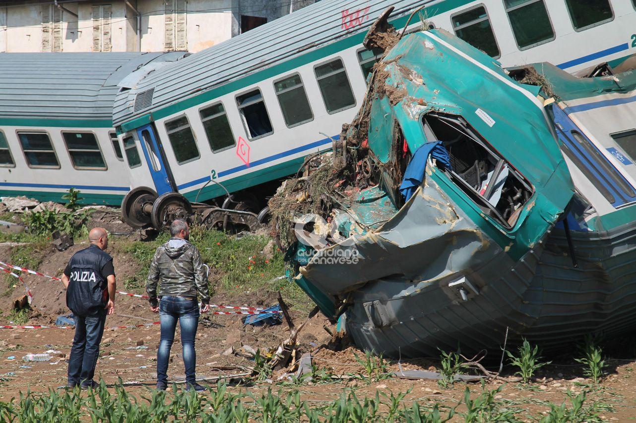 TRAGEDIA A CALUSO - L'autista del tir indagato per disastro ferroviario - FOTO e VIDEO