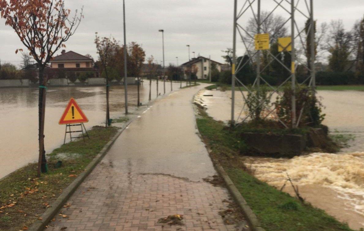 MALTEMPO - Leini, esondano i canali irrigui ai Tedeschi - FOTO