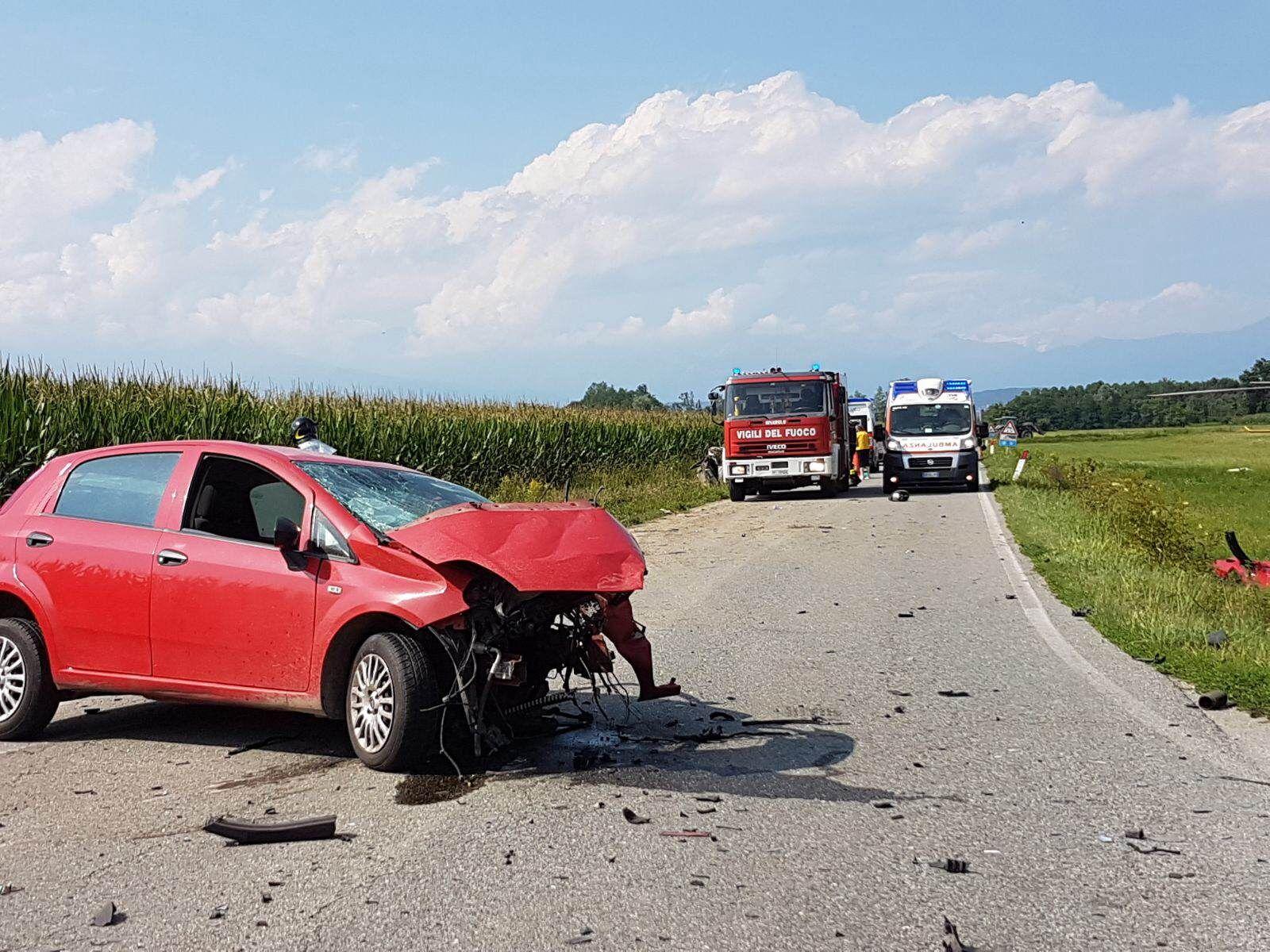 SAN GIUSTO-FOGLIZZO - Incidente mortale: non ce l'ha fatta uno degli automobilisti coinvolti - FOTO