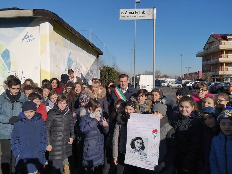 BORGARO - Il Comune intitola una via ad Anna Frank