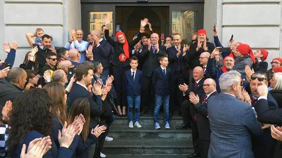 IVREA - Marcia a sorpresa, «Cambiamo!» difende il sindaco Sertoli
