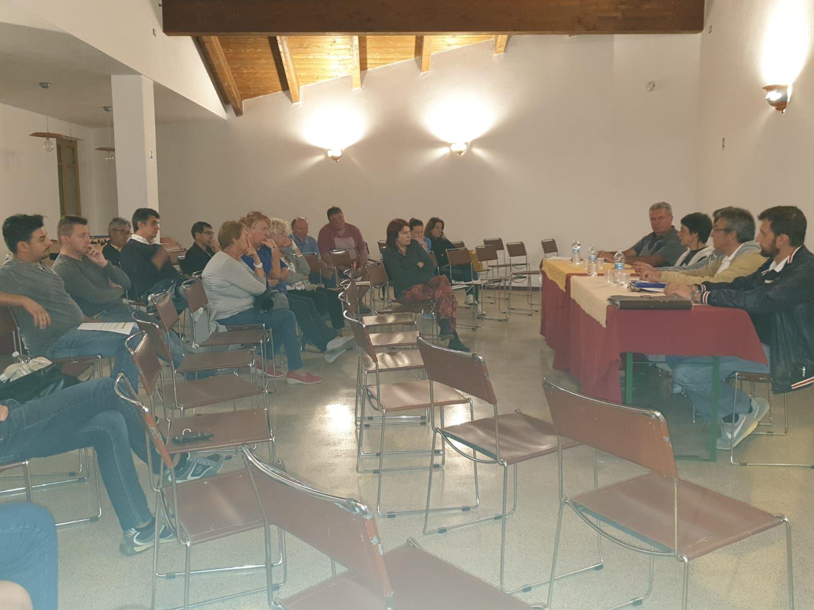 CASTELLAMONTE - A Sant'Anna Boschi confronto tra cittadini e amministrazione