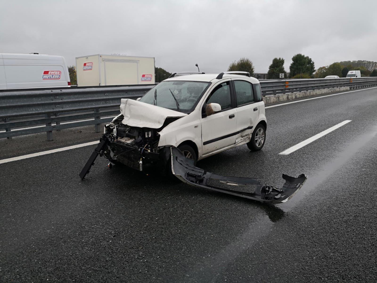 CANAVESE - Incidenti stradali per la pioggia: due feriti in autostrada - FOTO