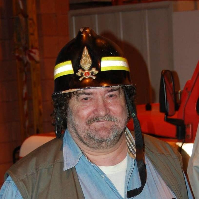 CASTELLAMONTE - Vigili del fuoco in lutto: addio a «Gigi» Carradore