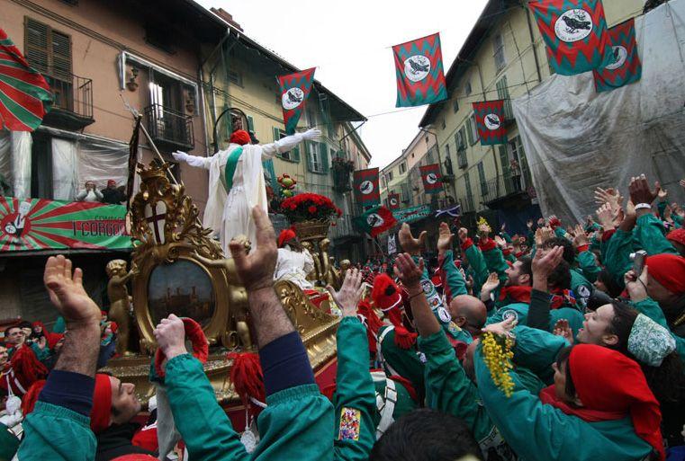 IVREA - I «Citoyens» sono stati cancellati dallo Storico Carnevale