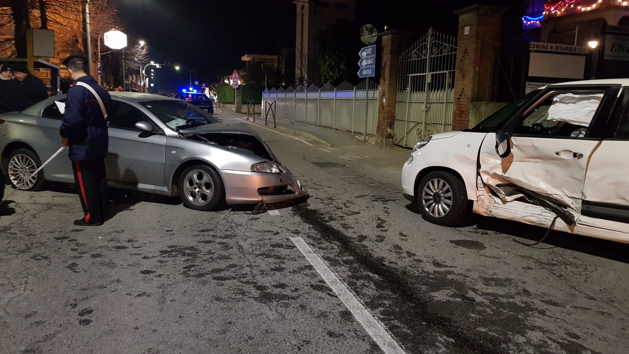 RIVAROLO - Incidente stradale in via Favria, due feriti - FOTO