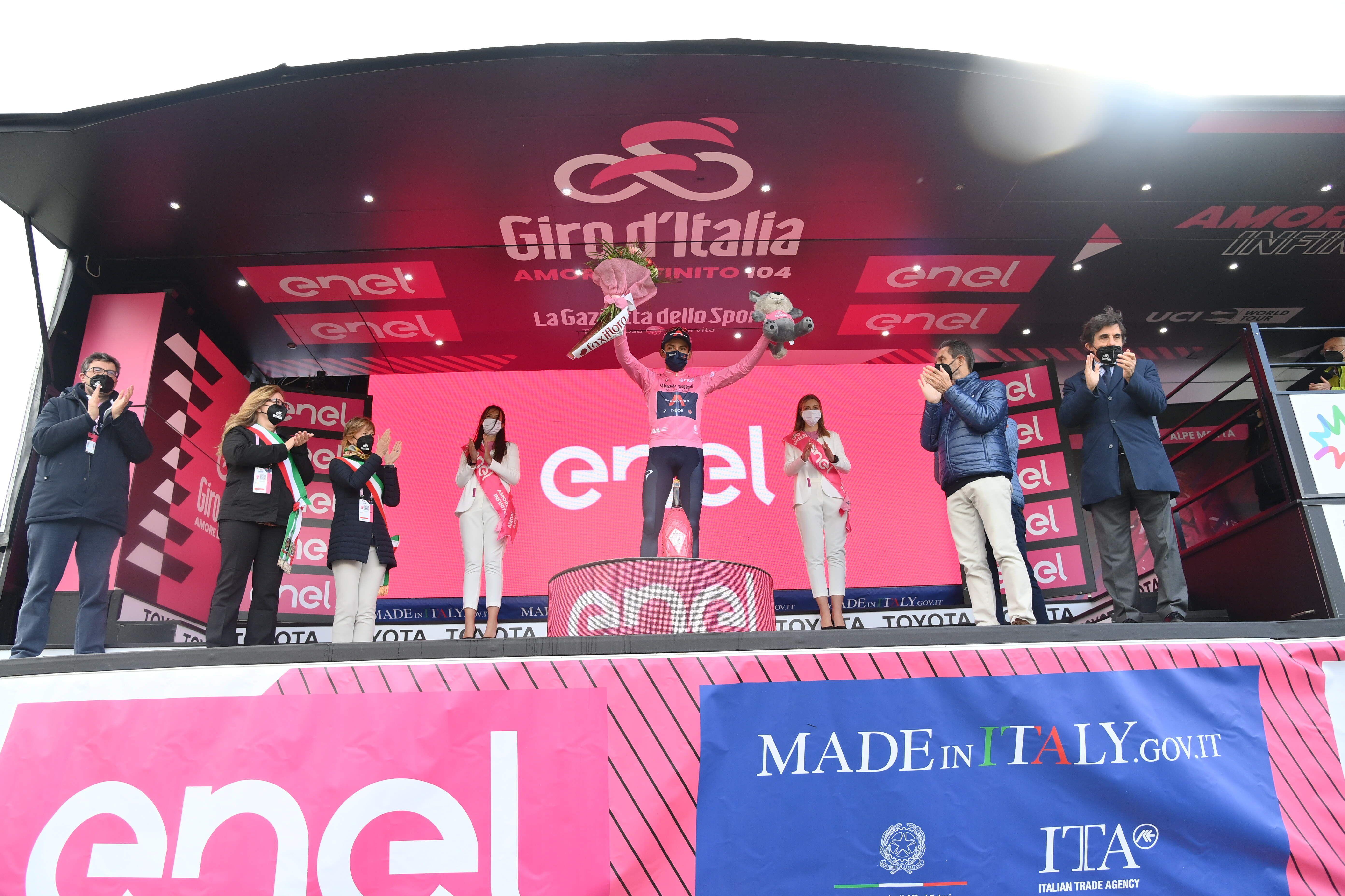 GIRO D'ITALIA - Egan Bernal resiste: domani l'ultima tappa. La vittoria del Giro è ad un passo