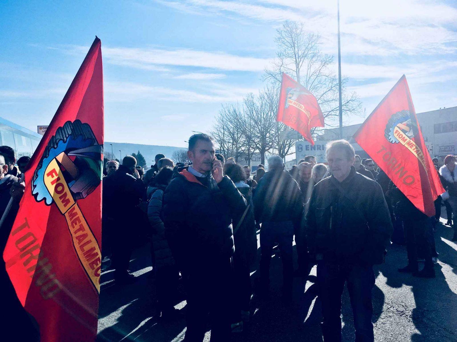 IVREA - Licenziamento per 103 lavoratori: oggi presidio in Confindustria