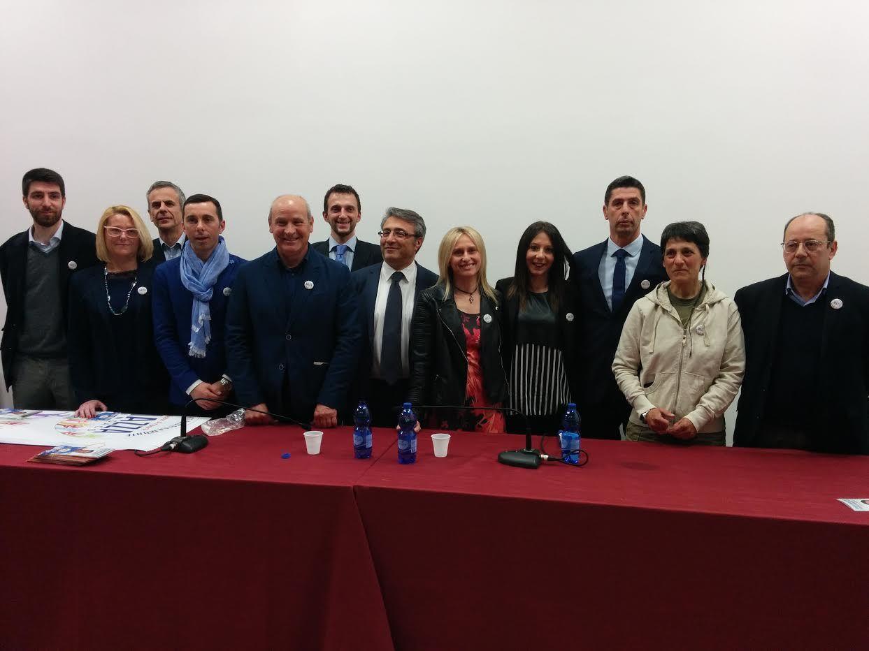 CASTELLAMONTE - Pasquale Mazza presenta la lista: «Basta con le giunte comunali al bar» - TUTTI I NOMI