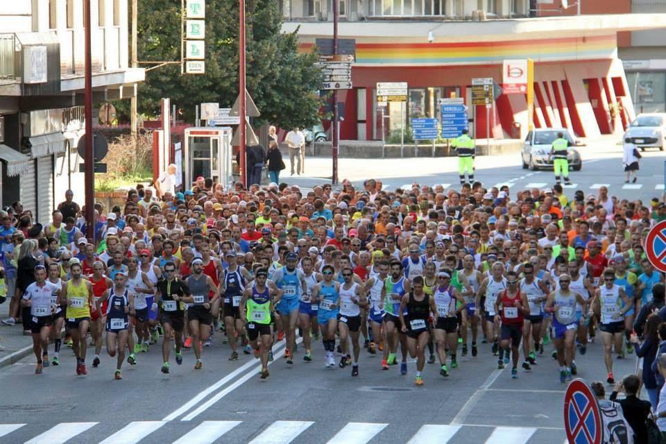 IVREA - Domenica si corre la tradizionale «Corsa dei cinque Laghi»