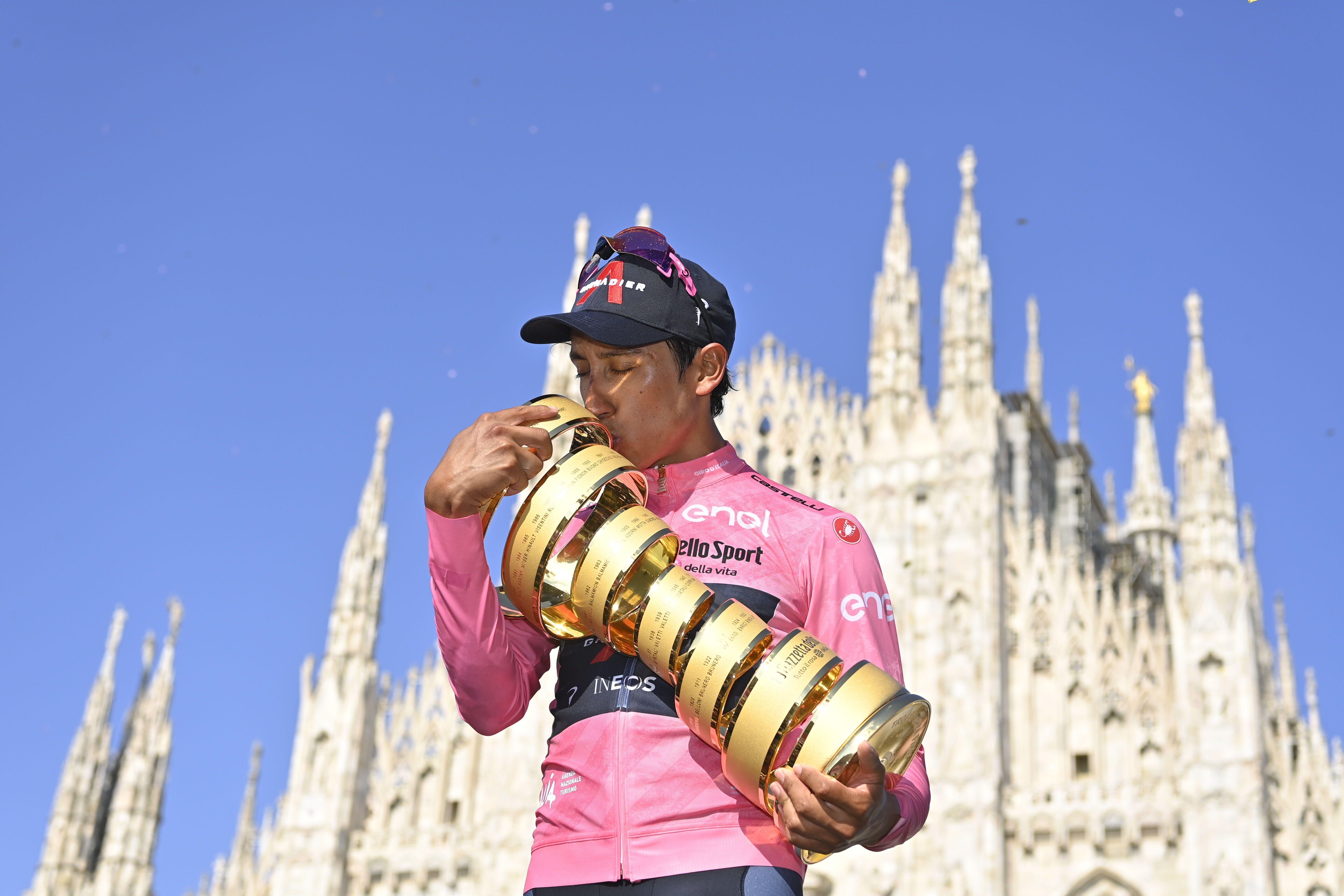 GIRO D'ITALIA - Egan Bernal in lacrime all'arrivo: «Non riesco a credere a quello che sta succedendo, ho appena vinto il Giro»