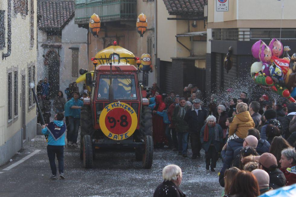 AGLIE' - Carnevale: a migliaia in festa per i carri - FOTO e VIDEO