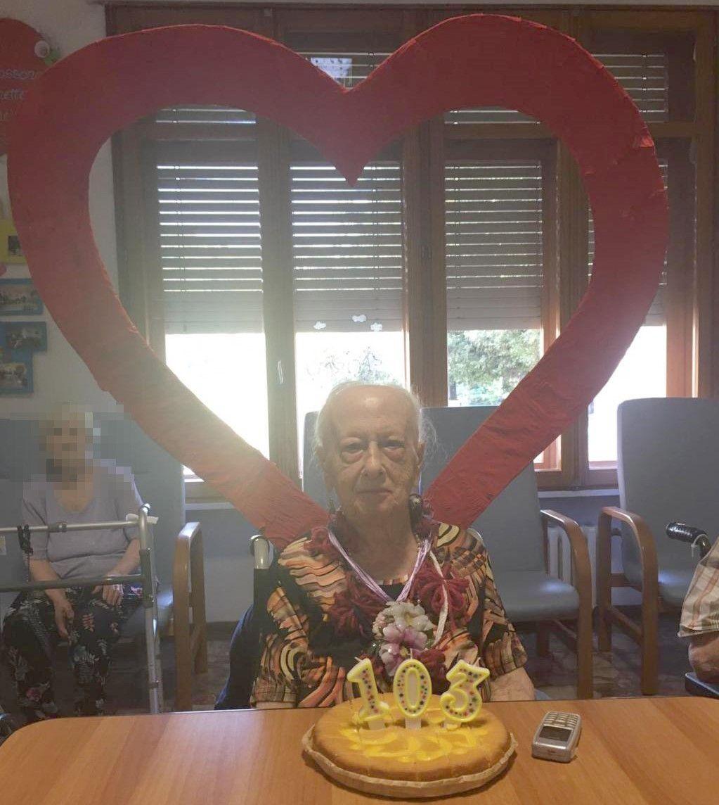 SUPER COMPLEANNO - Ballerina e podista: i 103 anni di nonna Maria a Viverone