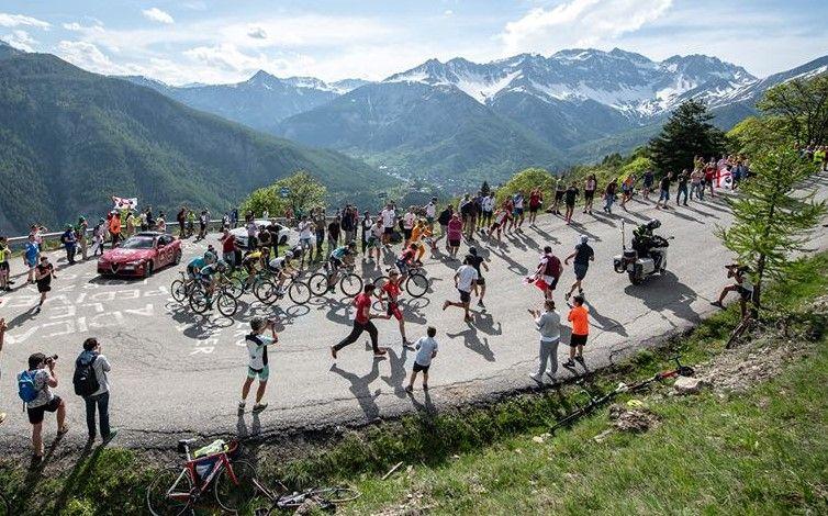 CICLISMO - Giro d'Italia in Canavese: da Santa Elisabetta a Ceresole Reale, una tappa spettacolare - VIDEO