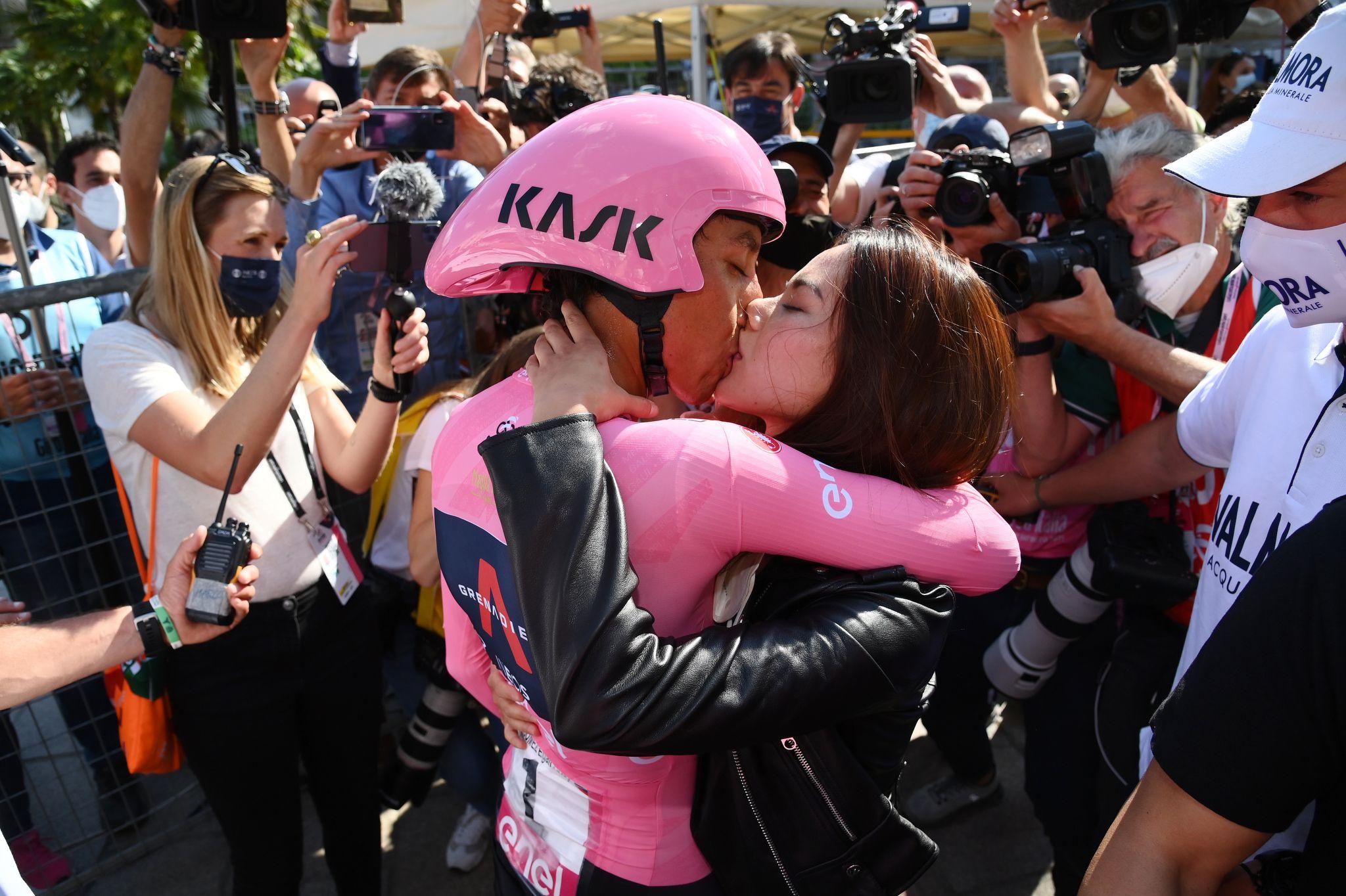 GIRO D'ITALIA - Egan Bernal racconta: «Con questo Giro ho ritrovato quello che volevo, correre divertendomi» - FOTO