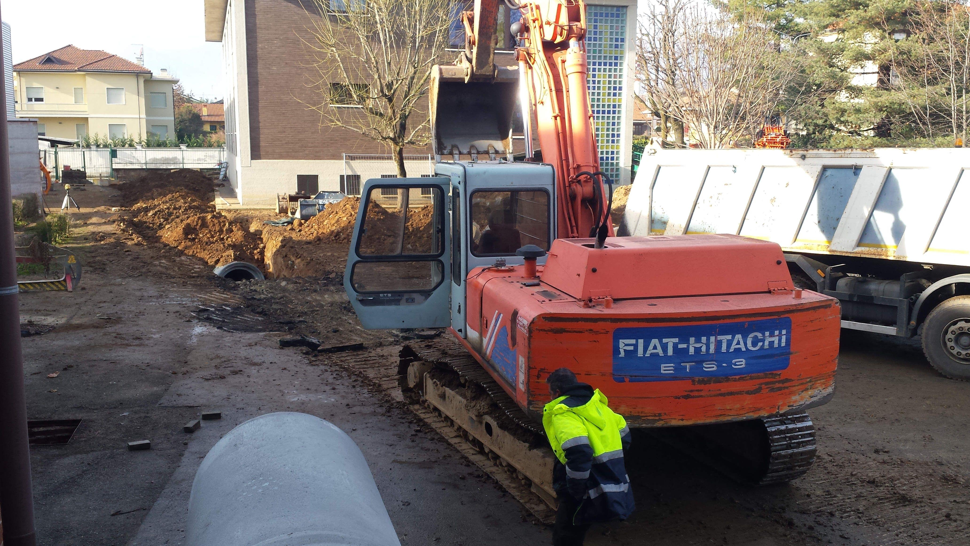 FAVRIA - Lavori in corso alle scuole: i cantieri rispettano i tempi